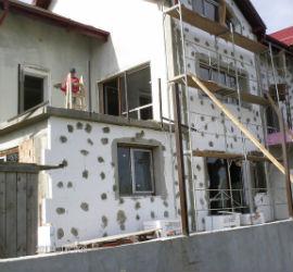 קבלני בניין ויזמים עם יועץ אלומיניום