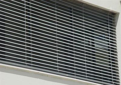 תריסים וחלונות 1