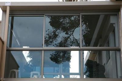 חלונות זכוכית 2