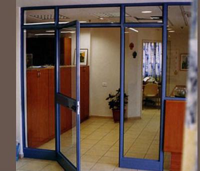 דלת אלומיניום 4